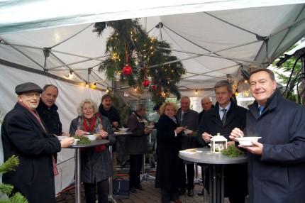 OB Kaminsky lädt Magistratskollegen auf den Weihnachtsmarkt ein